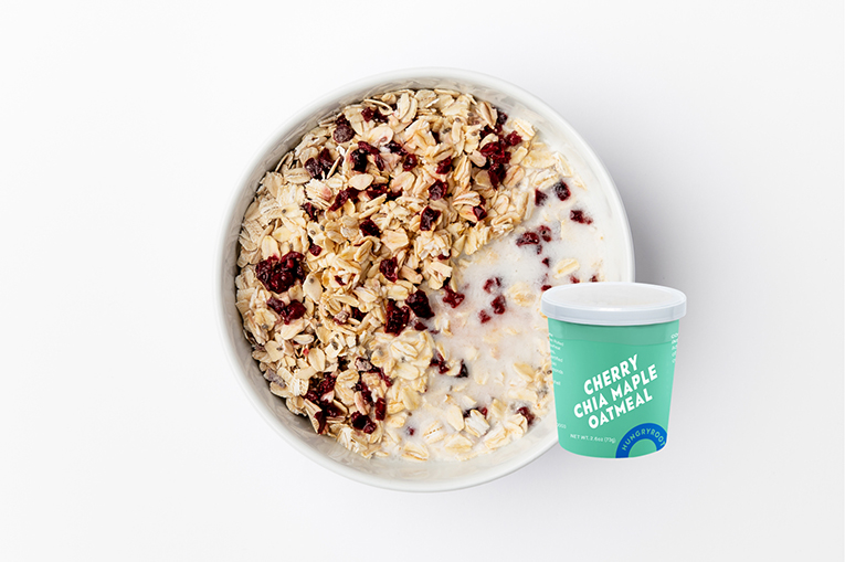 Cherry Chia Maple Oatmeal, a product in the Grab-and-Go category